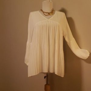 Chico's black label accordion pleated blouse. Sz 1